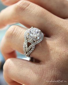 The beauty of this r The beauty of this ring takes my breath away