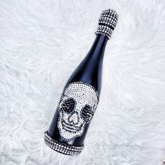 """Halloween Champagne by #ChampagneBisou """"Poison Skull""""   #Champagne#Halloween#HalloweenParty#HalloweenIdeas#Skull#SkullBottle#Bling#Poison"""