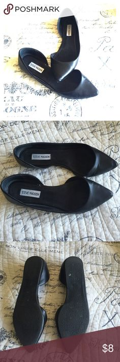 Steve Madden d'Orsay pointed toe flats Black, pointed toe. Signs of wear on toes (see last pic) Steve Madden Shoes Flats & Loafers