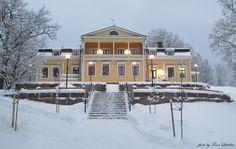 Mukkulan kartano Mukkula Manor in Lahti, Finland Villas, Finland, Castle, Mansions, House Styles, Outdoor, Home Decor, Outdoors, Decoration Home