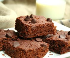 All Day I Dream About Food: Chocolate Chip Flax Seed Brownies (Healthy, Gluten-Free Snacks for Kids)