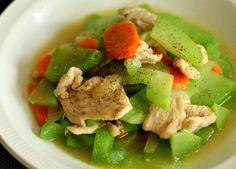 Gà xào su su mềm ngọt, ngon tuyệt - http://congthucmonngon.com/8234/ga-xao-su-su-mem-ngot-ngon-tuyet.html