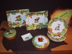 "collection ""autumn leaves"" trays, boxes, desserts or cakes plates. and lovely accents in Limoges porcelain. mix and match of colors, animals, mushrooms, or autums leaves....forest and wood accents"