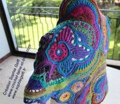 Fabulous #Crochet! Granny square in concept, freeform in execution, polychrome inspiration by Sophie Gelfi.