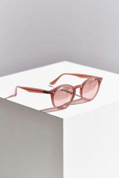 fdaf8d19afb0b Ray-Ban High Street Round Sunglasses  UrbanOutfitters