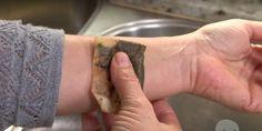 To, čo sa stane, keď si priložíte použitý čajový sáčok na ruku, je neuveriteľné
