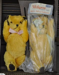 Two vintage Pedigree jointed musical teddy bears - never used, mint condition…
