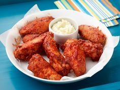 BBQ Chicken Wings with Blue Cheese Butter Recipe : Geoffrey Zakarian : Food Network Bbq Chicken Wings, Bbq Wings, Chicken Wing Recipes, Barbecue Chicken, Barbecue Sauce, Spicy Wings, Chicken Meals, Sin Gluten, Kitchen Recipes