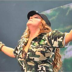 She's simply the best! Jenny Rivera, Mexican Music Artists, Im Jealous, Who Runs The World, How To Speak Spanish, Her Music, Gorgeous Women, Jenni, Celebs