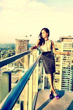 Skirt! Meghan  Markle. Suits.  http://instagram.com/p/cvLtrPGBEd/