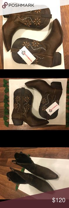 NWT Sante Fe Boots Open to offers. Selling for a friend. Size 7.5 (listed as Justin Boots for exposure) Originally paid $199 Justin Boots Shoes Heeled Boots