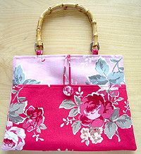 Nicole Mallalieu Design - Tips and Tutorials for Making Bags and Purses - lots of advice & tips for sewing bags.