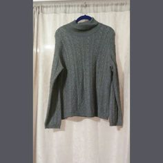Ann Taylor Turtleneck Sweater Soft cozy sweater 45% cashmere 55% silk makes it very cold. Size M great condition Ann Taylor Sweaters Cowl & Turtlenecks