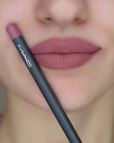 Lipstick Kit For Travelling - My Lipstick Colors and Travel Kits - Mac Lipstick Colors, Mac Lipstick Shades, Drugstore Lipstick, Lipgloss, Best Lipsticks, Best Mac Lipstick, Makeup Lipstick, Makeup Cosmetics, Dusty Rose Lipstick