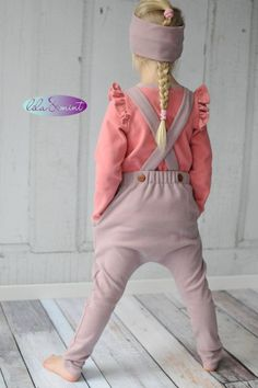 Baby clothes should be selected according to what? How to wash baby clothes? What should be considered when choosing baby clothes in shopping? Baby clothes should be selected according to … Baby Boy Outfits, Kids Outfits, Cute Girl Dresses, Sewing For Kids, Baby Clothes Shops, Kind Mode, Cute Kids, Baby Dress, Rebecca Minkoff