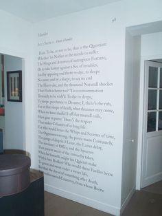Papier peint original & décoration murale en édition limitée : Papier peint panoramique SHAKESPEARE To be or not to be Ohmywall