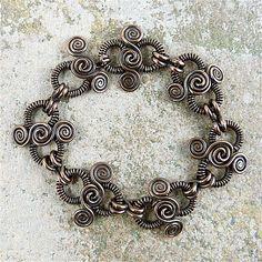 Fleur-de-Link Bracelet