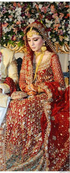 Pakistani Bridal's getting better ! Pakistani Couture, Pakistani Bridal Wear, Pakistani Dresses, Bridal Outfits, Bridal Dresses, Desi Bride, Asian Bridal, Asian Fashion, Women's Fashion