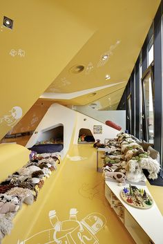 Architect: Graft Lab Project: KU65 Kids Club Project type: Dental Clinic Location: Berlin, Germany
