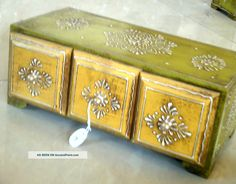 Horizontal Embossed 4 Drawers Wooden Painted Jewelry Cum Spice Box Wood Art India photo