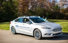 Watch out, Google: Ford, which is testing autonomous vehicles on California roads, says it plans to put fully self-driving cars into the market by 2021.