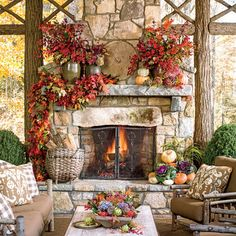 Fall Home Decor: Design tips and autumn decorating ideas. Find information and tons of fall decor curated by interior designer Tracy Svendsen. Scary Halloween Food, Scary Halloween Decorations, Halloween Mantel, Fall Mantel Decorations, Diy Halloween Decorations, Mantel Ideas, Outdoor Halloween, Halloween Halloween, Halloween Dinner