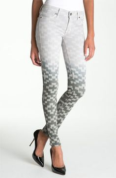 Love printed jeans. #skinny #jeans