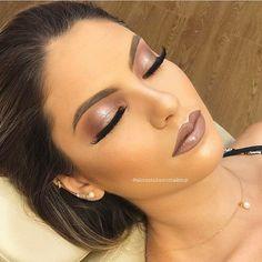 Makeuphall: The Internet`s best makeup, fashion and beauty pics are here. Gorgeous Makeup, Love Makeup, Makeup Inspo, Makeup Inspiration, Makeup Style, Formal Makeup, Prom Makeup, Wedding Makeup, Hair Makeup