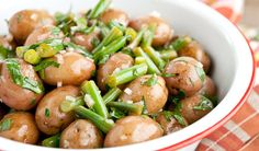 Mom's Potato Salad - Another great side dish for the family BBQ. Quick & easy to prepare plus it's a lot healthier than the typical mayonnaise laden potato salad that is usually served. Celery Recipes, Veggie Recipes, Wine Recipes, Food Network Recipes, Appetizer Recipes, Salad Recipes, Healthy Recipes, Potato Salad Dressing, Potato Salad Mustard