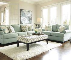 Living Room Setup, Living Room Green, Living Area, Small Living, Living Spaces, Diy Design, Traditional Family Rooms, Traditional Living Room Furniture, Diy Décoration