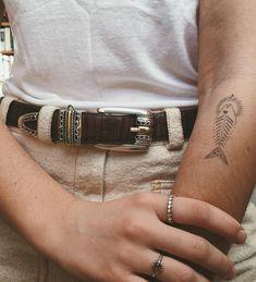 Fish in the sea you know how I feel, river running free Top Tattoos, Mini Tattoos, Small Tattoos, Funky Tattoos, Sleeve Tattoos, Tatoos, Hand Poked Tattoo, Poke Tattoo, Piercings
