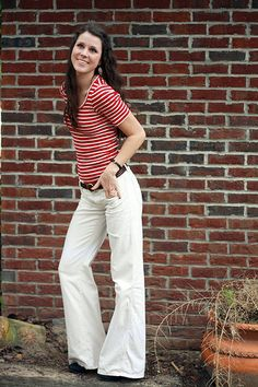 big white pants and stripes? yes please.