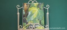 Book Review - Hedera The Complete Guide - Pumpkin Beth Green Plants, Green Flowers, Green Leaves, Front Gardens, Gardening Books, Book Reviews, Evergreen, Wall Lights, Pumpkin