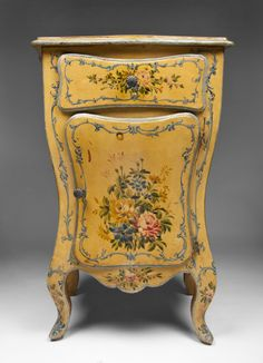 Home Decor Objects : Illustration Description C. Venetian Hand Painted Bombe Commode -Read More – Decoupage Furniture, Furniture Ads, Chalk Paint Furniture, Italian Furniture, Hand Painted Furniture, Funky Furniture, French Furniture, Furniture Makeover, Antique Furniture