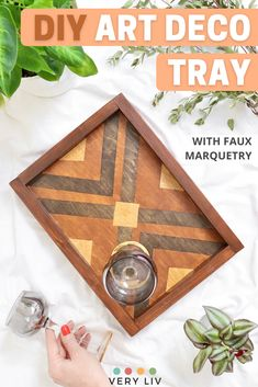 Make your own Art Deco Drinks Tray, no marquetry skills needed! This tutorial will show you the trick to create faux marquetry using different wood stains. Find more easy DIY ideas on VeryLiv.com Diy Projects Using Wood, Craft Projects, Drinks Tray, Marquetry, Diy Art, Wood Crafts, Woodworking Projects, Diy Ideas, Easy Diy