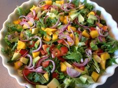 Feta, Waldorf Salat, Avocado, Edamame, Everyday Food, Cobb Salad, Broccoli, Meal Prep, Brunch