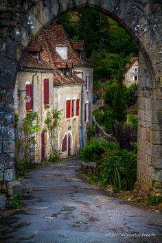 The door by Didier Guiffan - St Cirq Lapopie, France