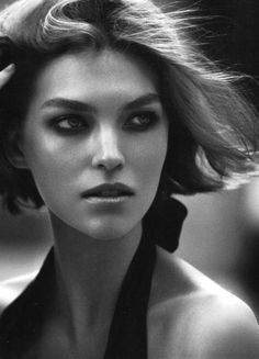 (Photo by Peter Lindbergh) I never knew Arizona Muse existed until now, but it feels like I've been waiting to meet her all my life; hurry up, Arizona, I'm already in my 60's (just), and you're breaking my heart! (Endless Seas) (via Jeison Moreno | Photography)