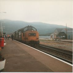 Scottish Region photos - UK Prototype Discussions (not questions! Kyle Of Lochalsh, Uk Rail, Train Stations, Train Pictures, British Rail, Old Trains, Train Journey, Diesel Locomotive, Scotland