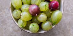 This handy how to cook gooseberries guide from Great British Chefs explores various exciting ways of cooking with gooseberries. Gooseberry Plant, Gooseberry Recipes, Gooseberry Patch, Weed Recipes, Fruit Recipes, Summer Recipes, How To Cook Gooseberries, Masterchef Recipes, Honey