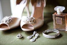 L'Auberge Del Mar Wedding from Aaron Shintaku Photography - Braut Wedding Photoshoot, Wedding Pics, Wedding Shoes, Wedding Jewelry, Wedding Day, Cabin Wedding, Wedding Earrings, Wedding Anniversary, Anniversary Gifts