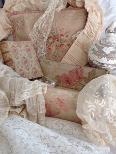 Faded Roses, vintage style boxes and lace