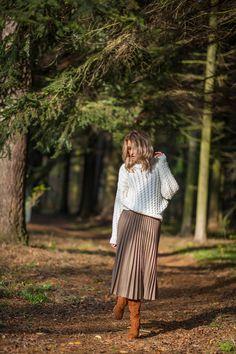 Sweter z warkoczami, piękna dziewczyna, sesja, park, fashion, knit, stylizacja, outfit, Girl Falling, Cardigans, Midi Skirt, Autumn, Park, Casual, Skirts, Fashion, Tunic