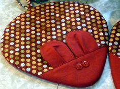 Mouse hot pads pot holders  green yellow blue par AimeesHomestead, $20,00