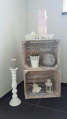 Dekoration im Treppenhaus - Landhausstil in rosa und weiß ähnliche Projekte und Ideen wie im Bild vorgestellt findest du auch in unserem Magazin