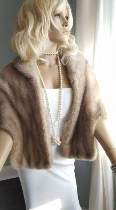 c606c28888d53 Luxury Vintage Mink Fur Stole - Mink Fur Wrap - Bridal Fur Shawl EMBA  AEOLIAN Fur Cape - Shrug Winter Wedding Fur Bride - Luxury Bridal