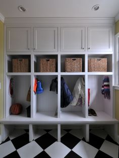 Spaces Mudroom Design, Pictures, Remodel, Decor and Ideas - page 10