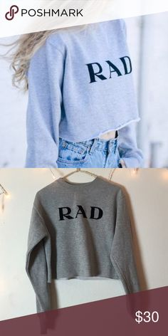Brandy Melville cropped sweatshirt | FINAL PRICE Worn a couple of times. Like new. Fits a small or XS. Extremely comfortable and cute. Brandy Melville Sweaters Crew & Scoop Necks
