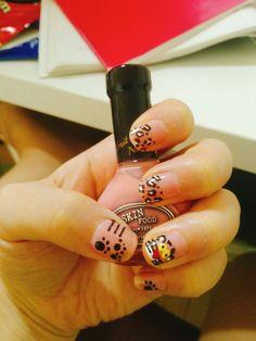 Pink panther nail art