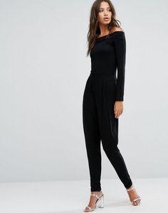die besten 25 schwarzer overall ideen auf pinterest casual black jumpsuit r ckenfreier. Black Bedroom Furniture Sets. Home Design Ideas